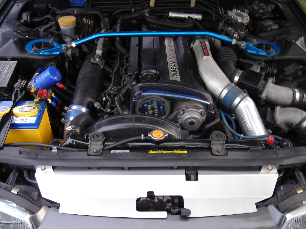 RB26_remote_oil_filter_engine_bay